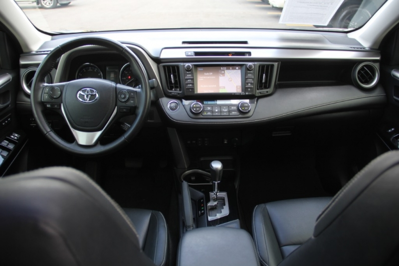 Toyota RAV4 2016 price $21,699