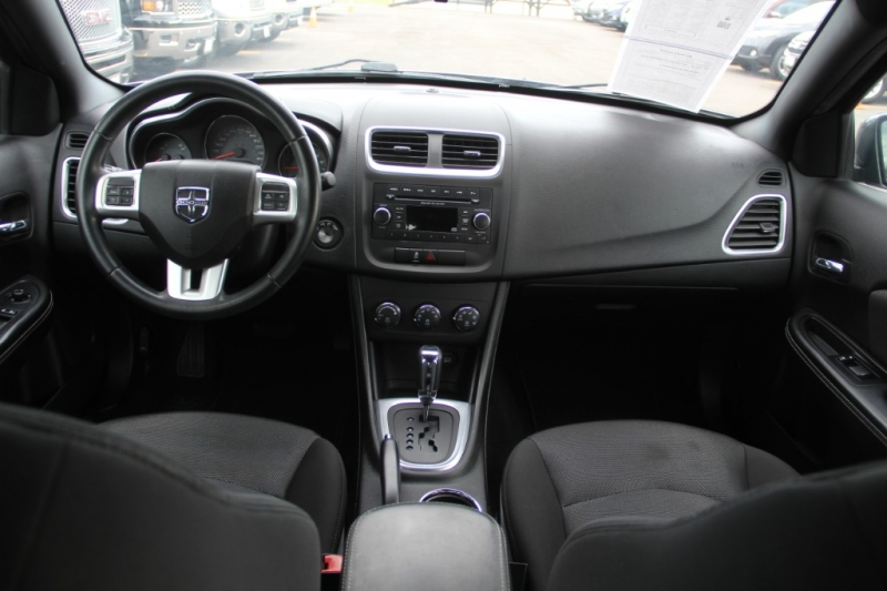 Dodge Avenger 2013 price $7,299