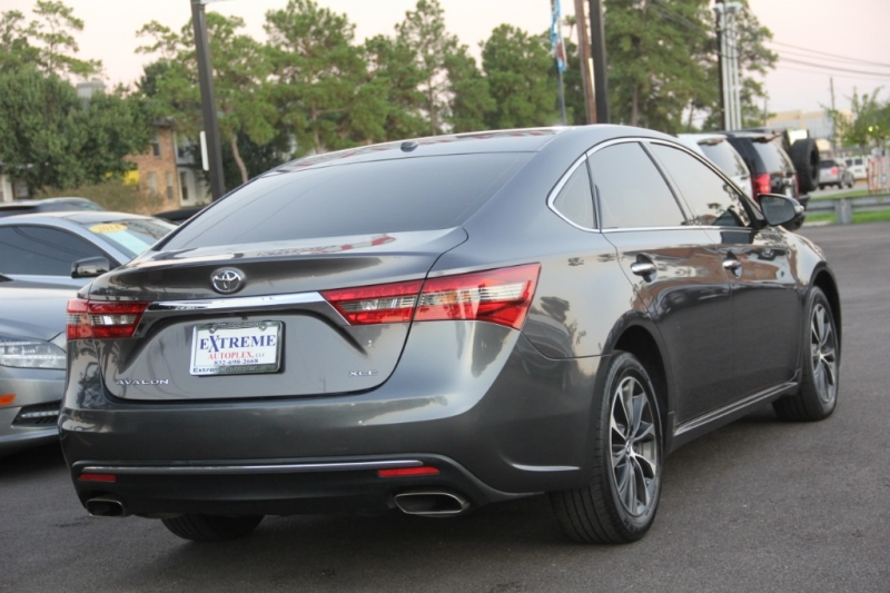 Toyota Avalon 2016 price $16,299