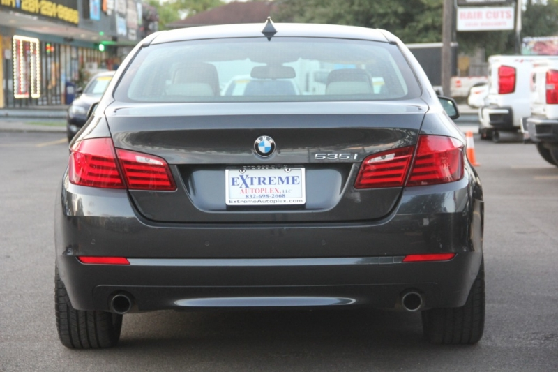 BMW 5-Series 2012 price $17,299