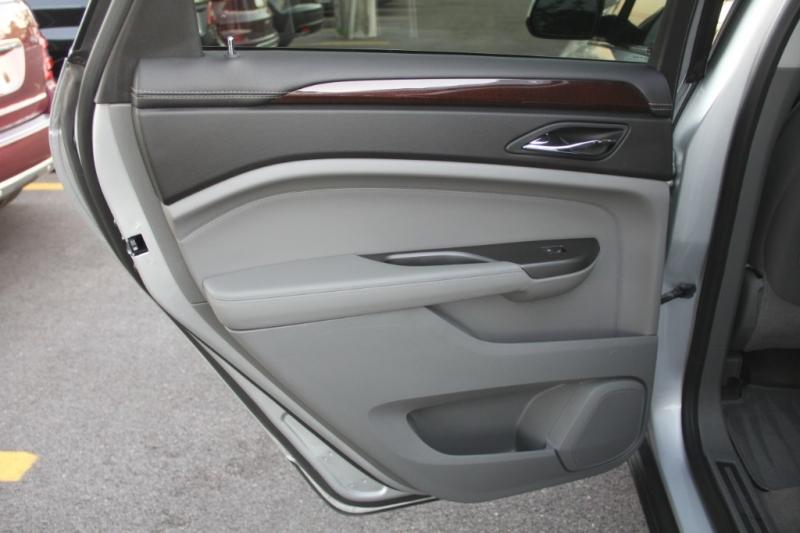 Cadillac SRX 2012 price $13,299