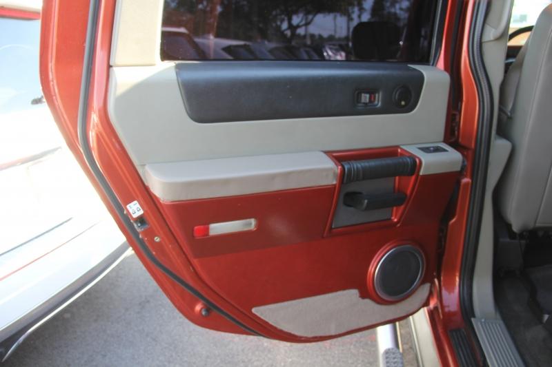 Hummer H2 2003 price $13,499