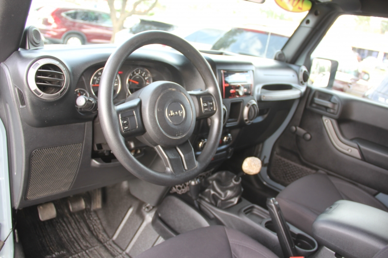 Jeep Wrangler 2014 price $18,699