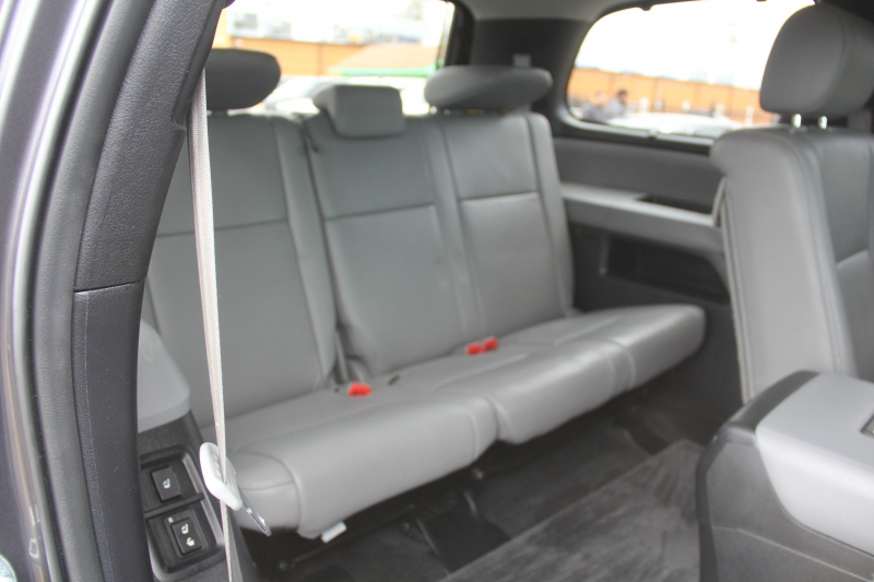 Toyota Sequoia 2012 price $19,890