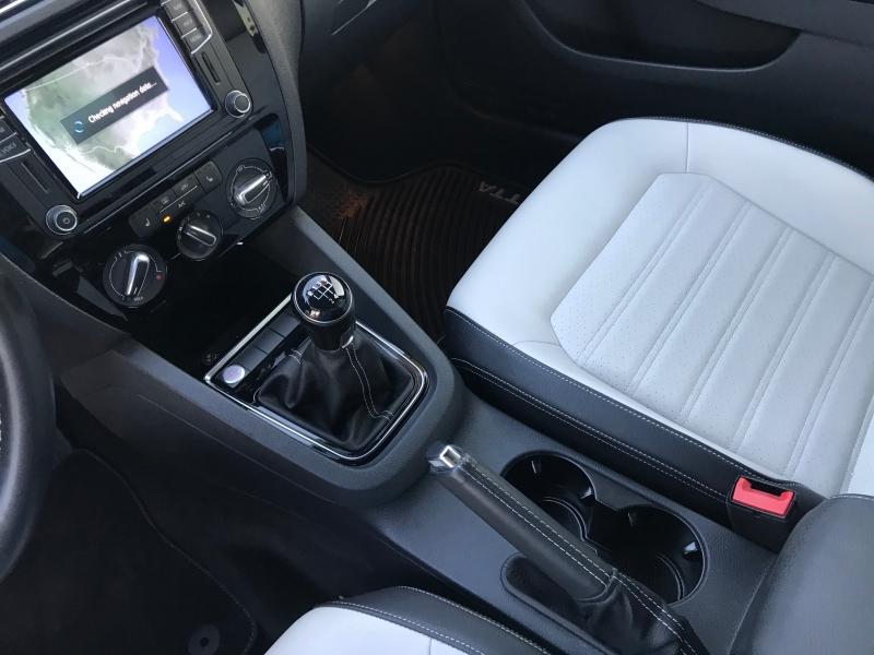 Volkswagen Jetta 2016 price $11,890