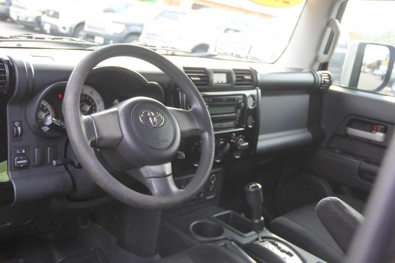 Toyota FJ Cruiser 2007 price $10,890