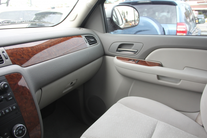 Chevrolet Tahoe 2008 price $9,890