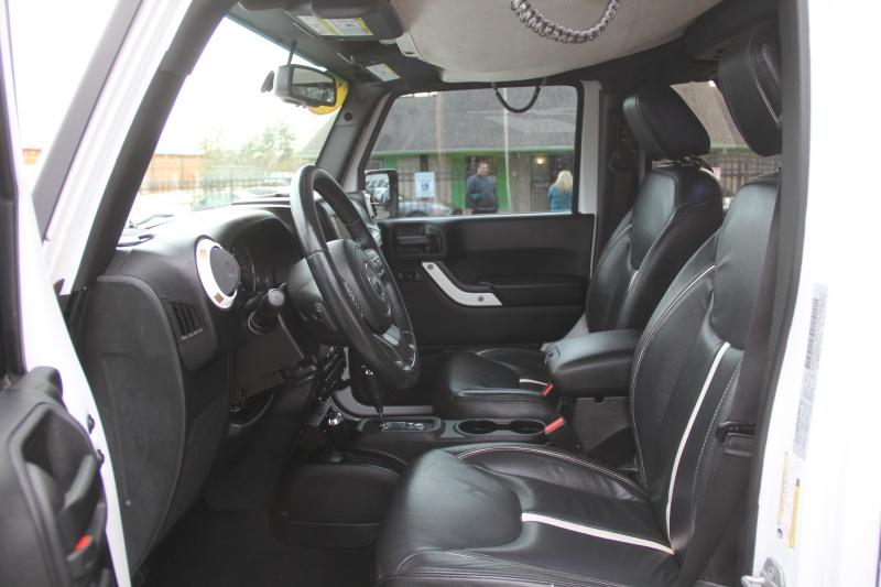 Jeep Wrangler Unlimited 2015 price $31,890