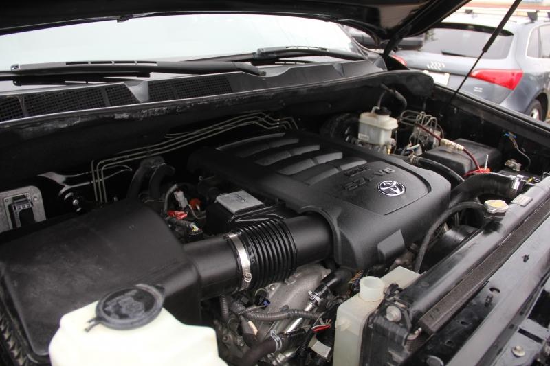 Toyota Tundra 2012 price $10,890