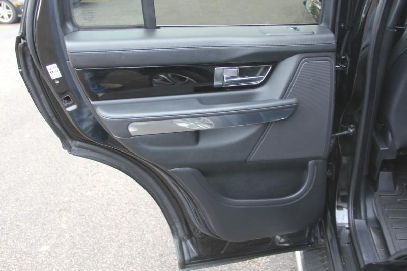 Land Rover Range Rover Sport 2012 price $18,699