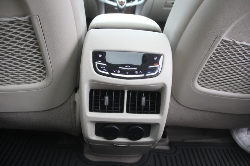 Cadillac SRX 2016 price $23,890