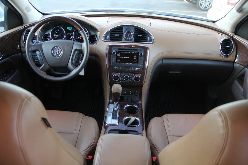 Buick Enclave 2016 price $19,890