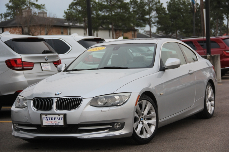 BMW 3-Series 2012 price $9,699