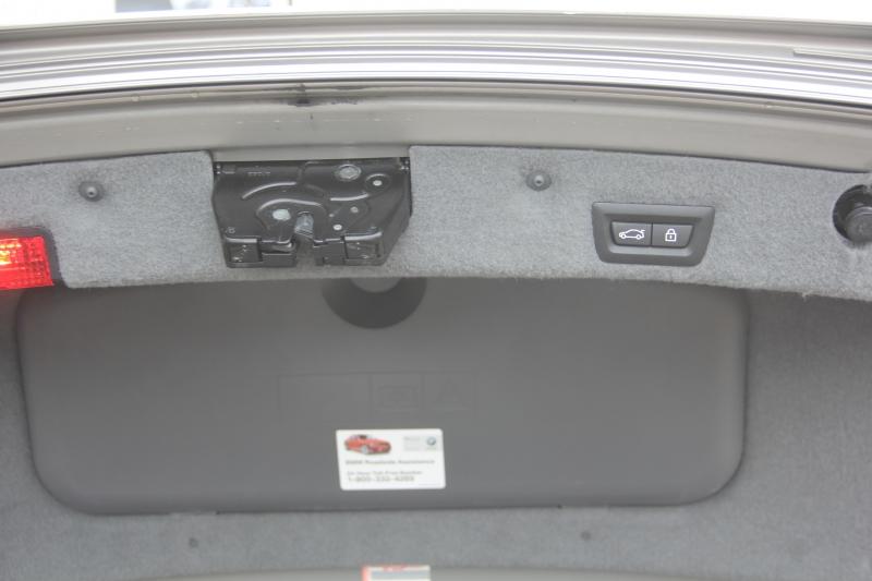 BMW 7-Series 2011 price $16,890