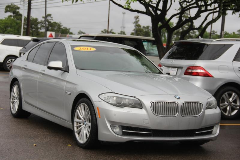 BMW 5-Series 2011 price $11,890
