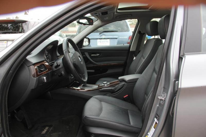 BMW 3-Series 2010 price $9,699