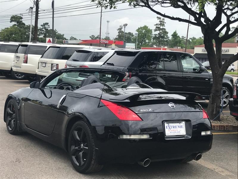 Nissan 350 Z 2007 price $9,890