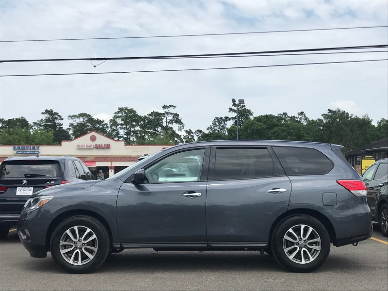 Nissan Pathfinder 2014 price $11,890
