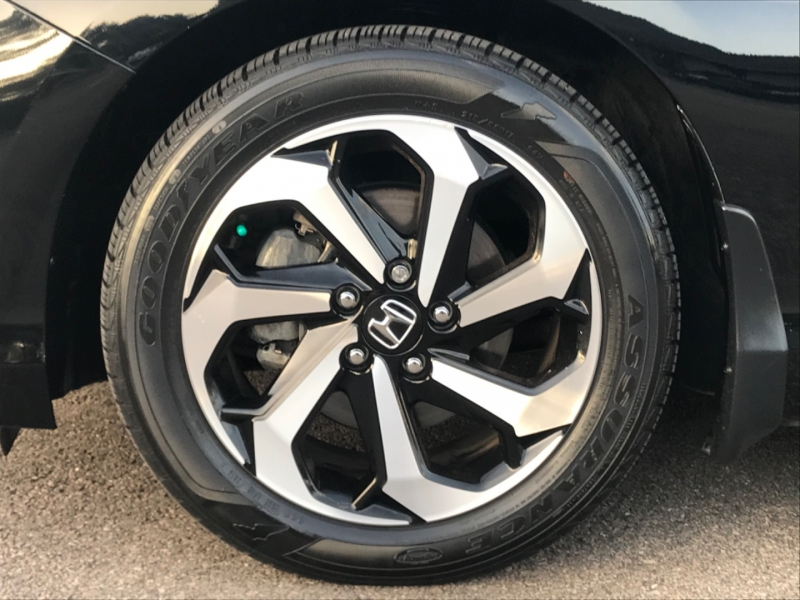 Honda Accord 2017 price $19,890