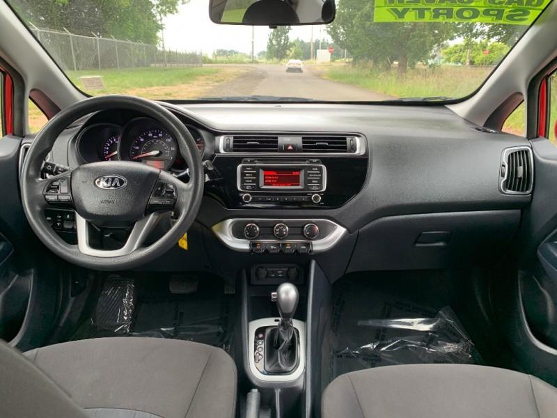 Kia Rio 2017 price $8,995