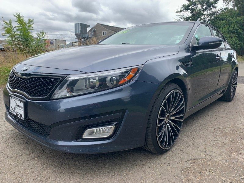 Kia Optima 2015 price $11,995