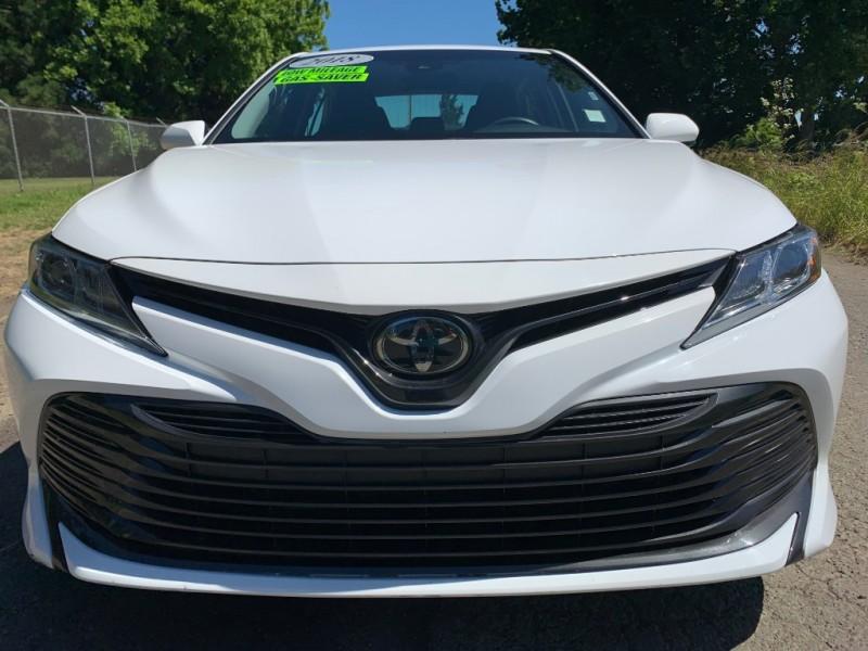 Toyota Camry 2018 price $20,995
