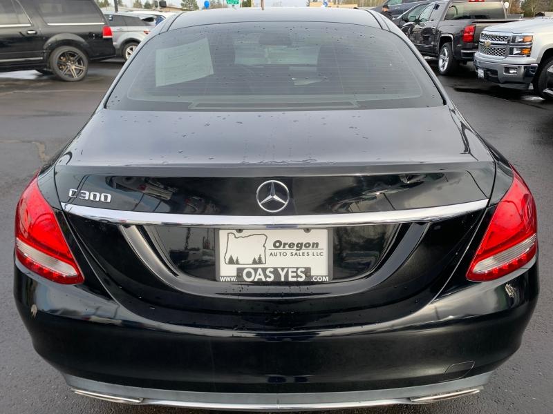 Mercedes-Benz - 2016 price Sold