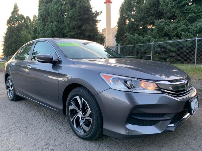 Honda Accord Sedan 2016 price $17,995