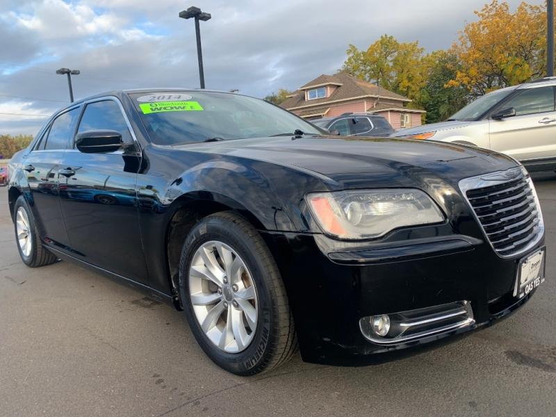Chrysler  2014 price $14,995