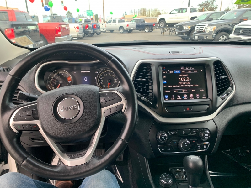 Jeep Cherokee TrailHawk 2016 price $14,995