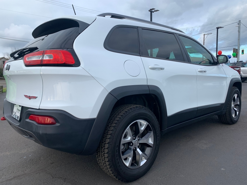 Jeep Cherokee TrailHawk 2016 price $14,995