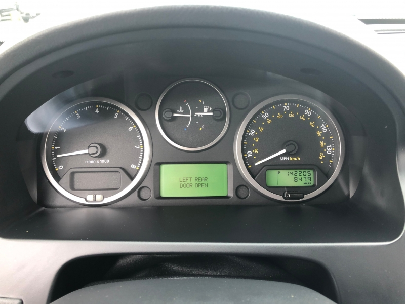 Land Rover LR2 2010 price $8,995