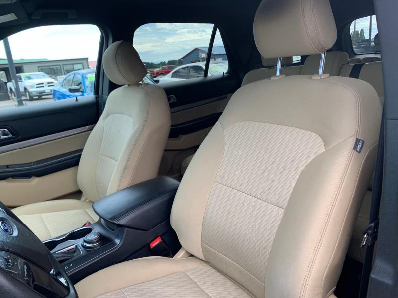 Ford Explorer 2017 price $17,995