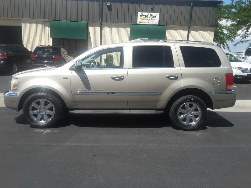 Chrysler Aspen 2008 price $7,250