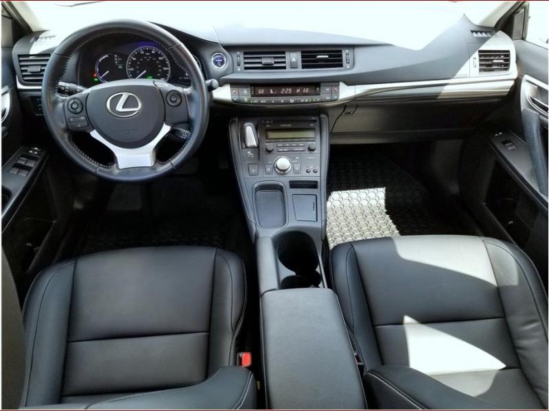 2016 Lexus CT CT 200h Hatchback 4D