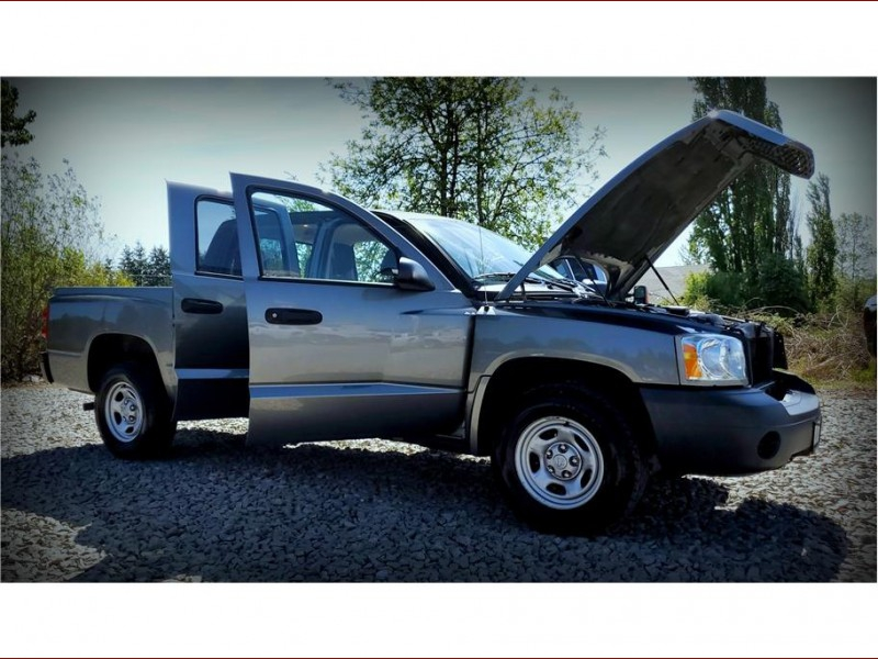 Dodge Dakota Quad Cab 2006 price $6,947