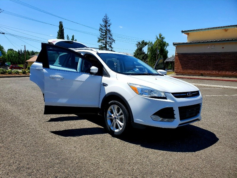 Ford Escape 2014 price $9,999