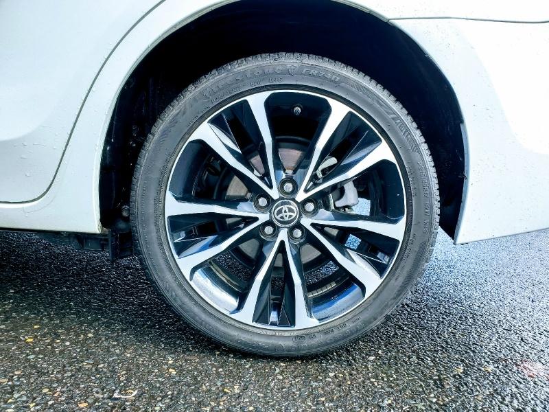 Toyota Corolla 2017 price $14,800