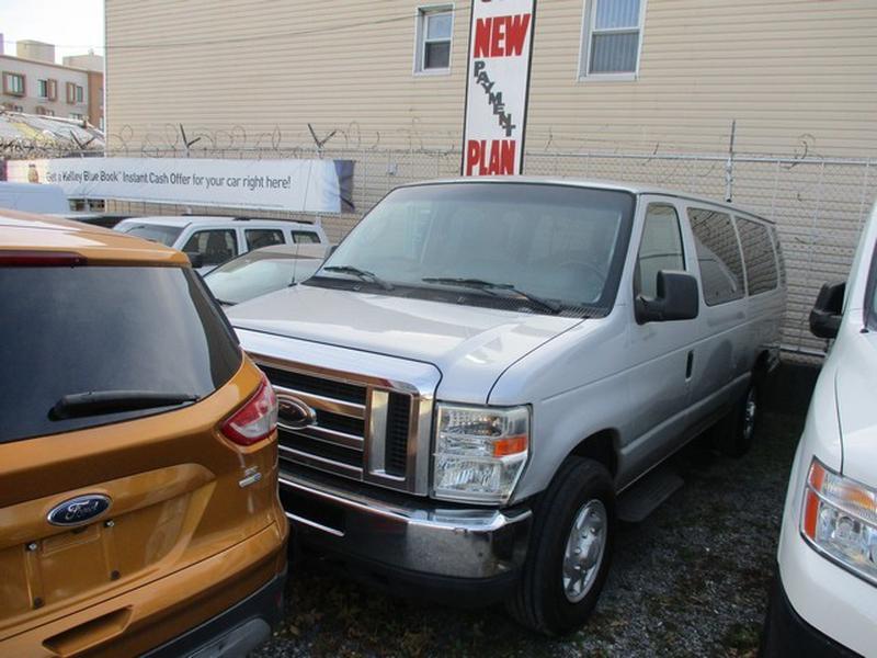 FORD E-350 SUPER DUTY 2009 price $6,995