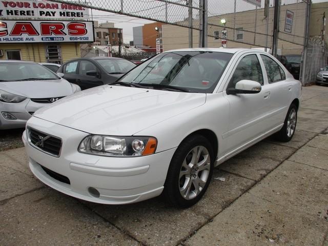 VOLVO S60 2009 price $8,495