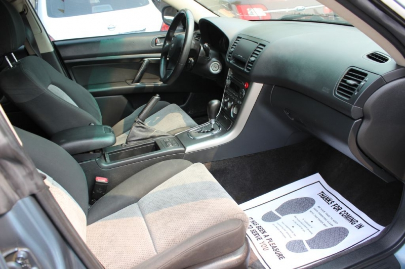 SUBARU LEGACY 2005 price $2,999