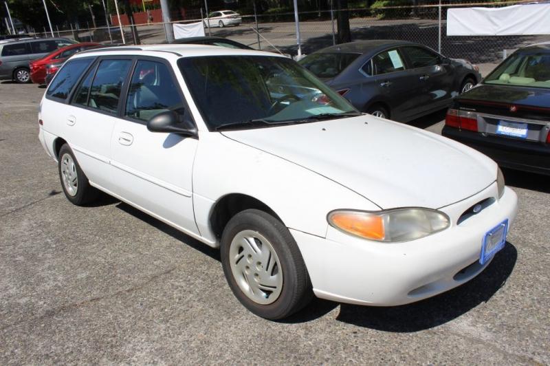 FORD ESCORT 1997 price $2,500