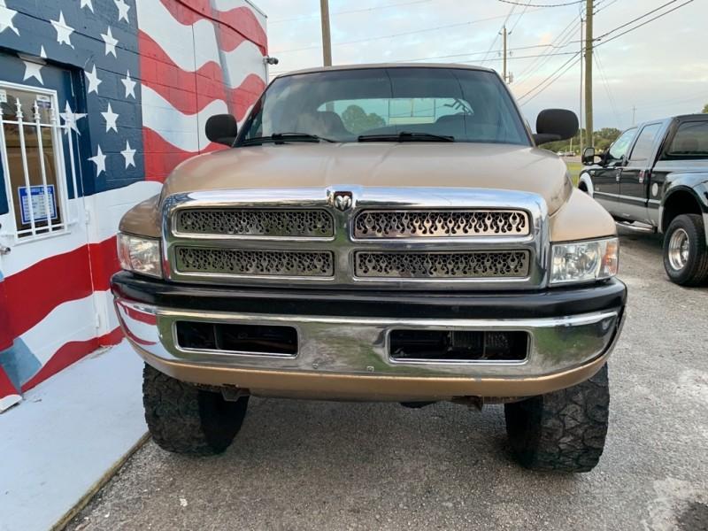 Dodge RAM 2500 2001 price $5,495
