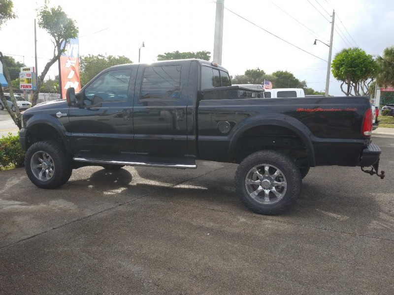 Ford F250 2005 price $16,995