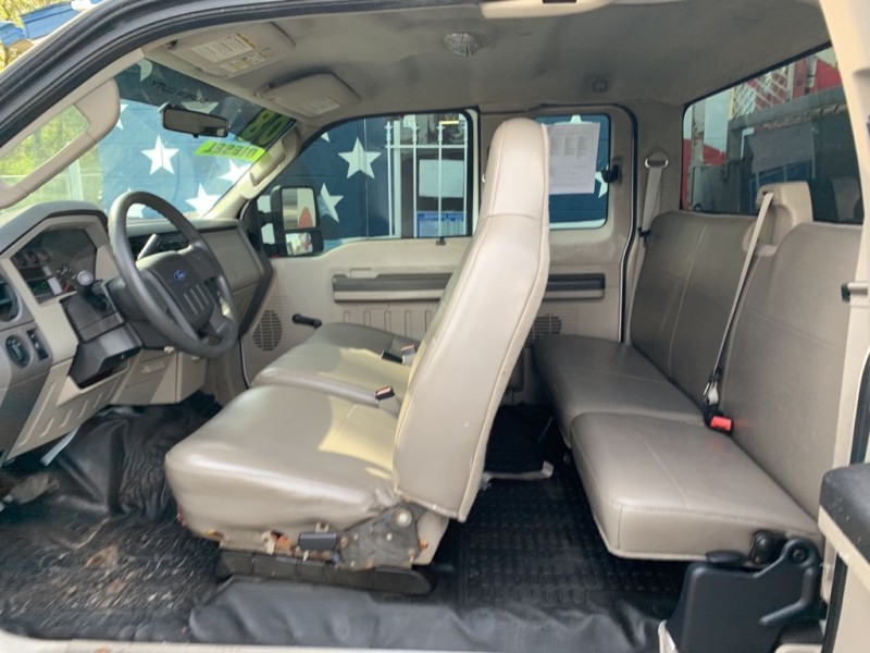 Ford F350 2008 price $12,995