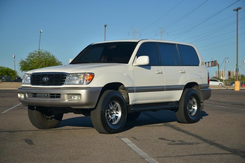 Toyota Land Cruiser 1999 price $10,888