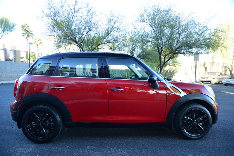 Mini Cooper Countryman 2015 price $15,888