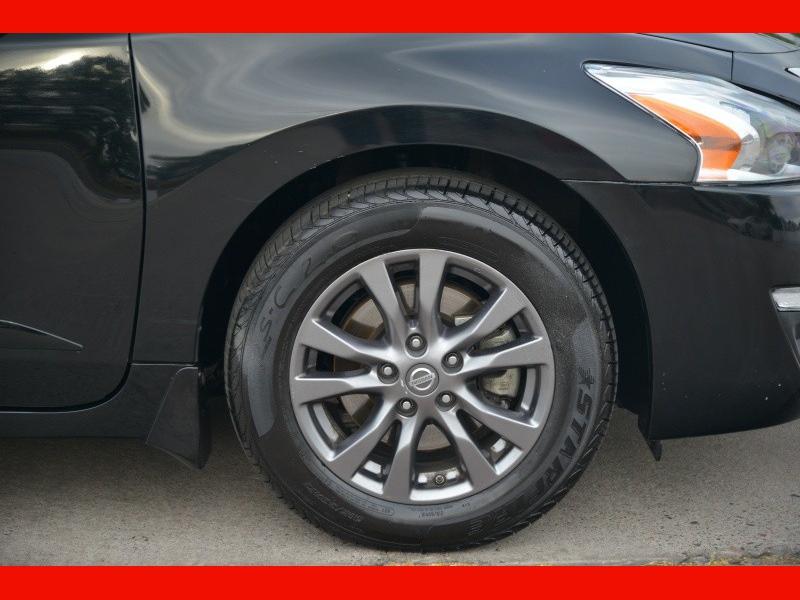 Nissan Altima 2015 price $13,888