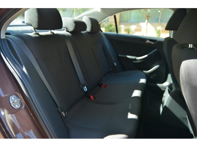 Volkswagen Jetta Sedan 2016 price $13,988