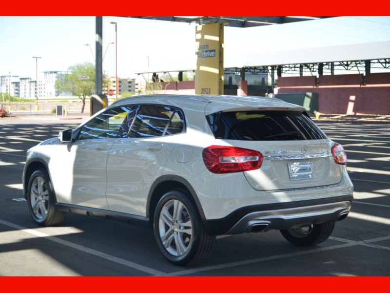Mercedes-Benz GLA 2017 price $23,888